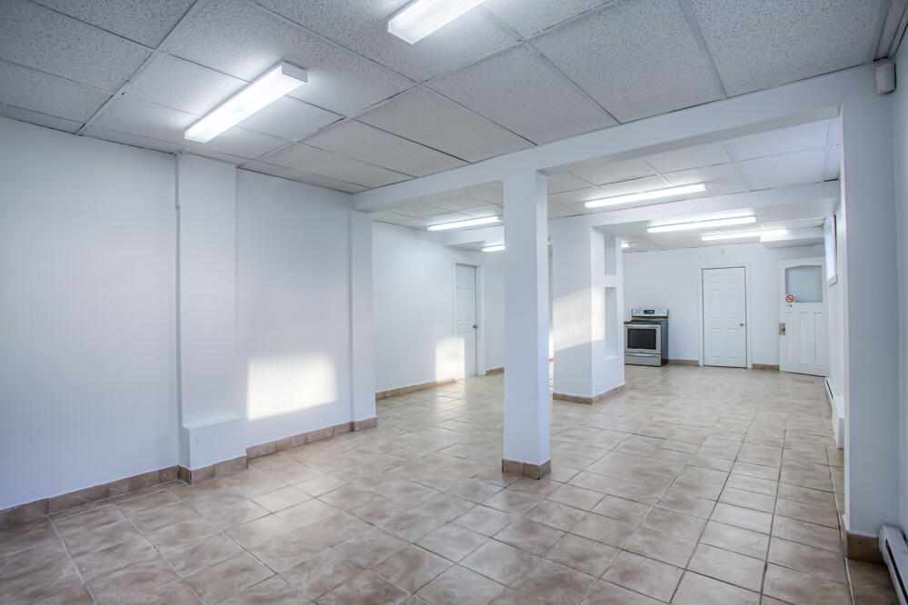 interior photo longueuil office